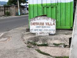 The entrance to Bay Farm Villa.